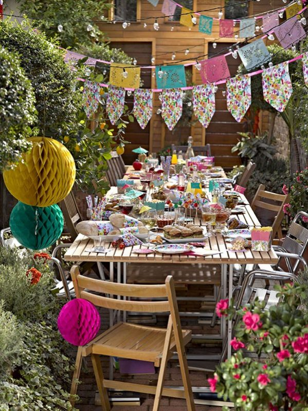 talking-tables-fiest-summer-party-paper-banners